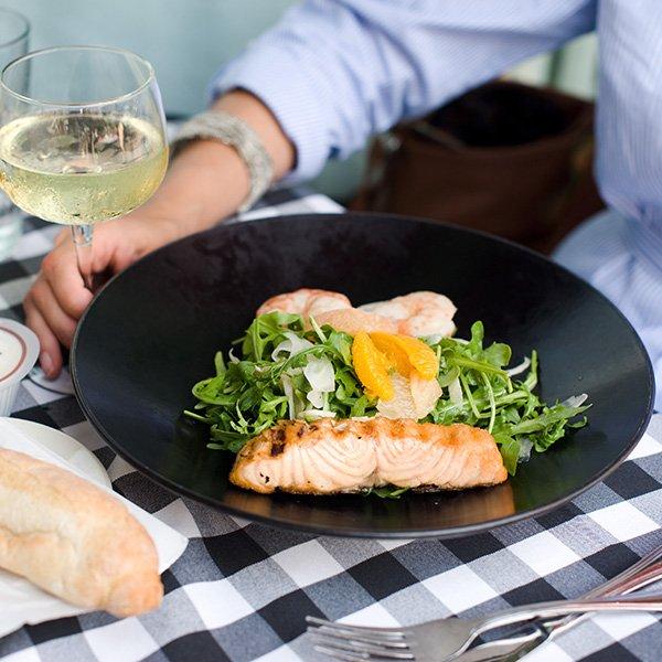 Restaurants Near 50th France